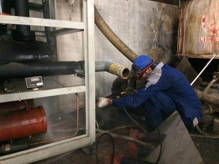промывка трубок установкой высокого давления